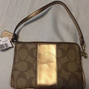 Coach porch outlet COACH F64233 IMD8M khaki gold